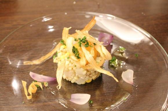 自然薯と蕎麦の実とズッキーニのタルタル仕立て 満月卵添え